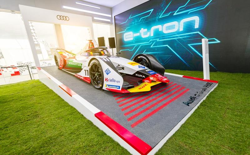 a 3 全面升级的奥迪e-tron FE05,展现出奥迪强大的技术实力和深厚的赛车运动基因.jpg